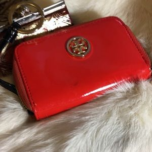 Tory Burch, key and coins hold